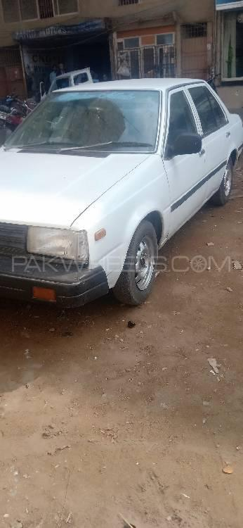 Nissan Sunny EX Saloon 1.3 (CNG) 1983 Image-1