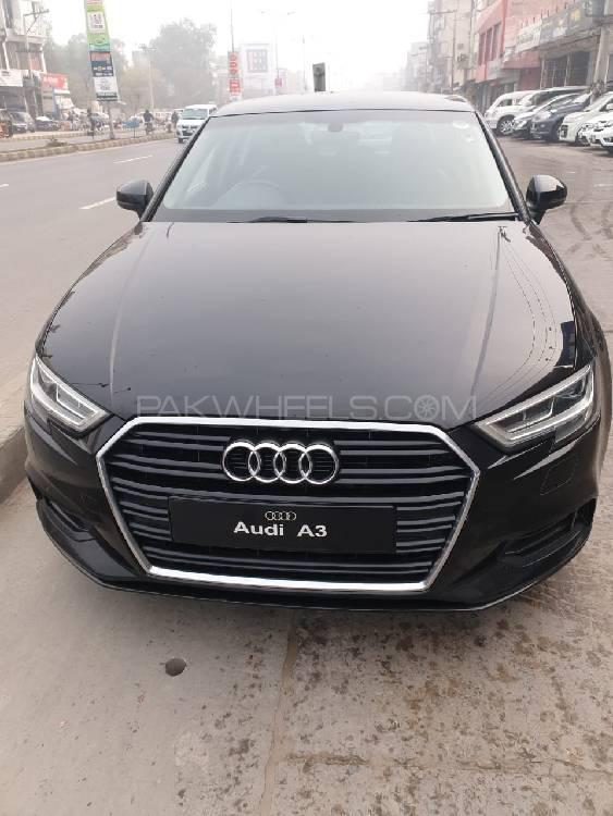 Audi A3 1.2 TFSI Exclusive Line 2017 Image-1