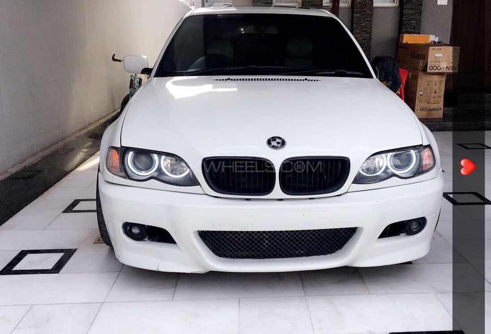BMW 3 Series - 2003 panda  Image-1
