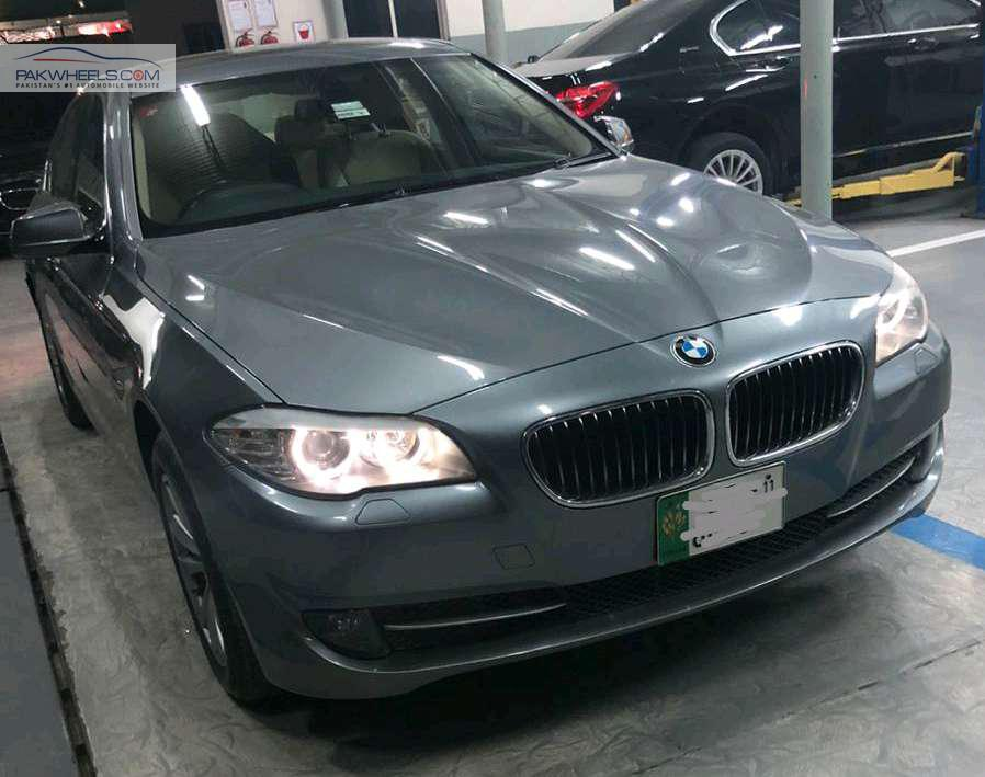 BMW 5 Series 520d 2011 Image-1