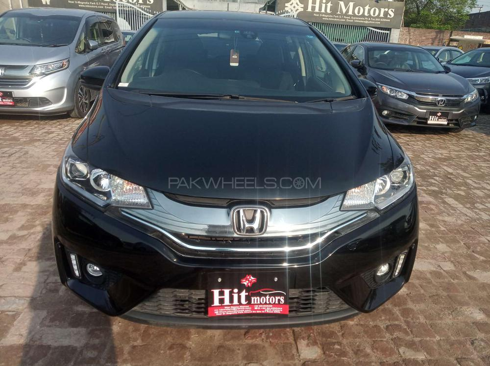 Honda Fit 1.5 Hybrid L Package 2016 Image-1