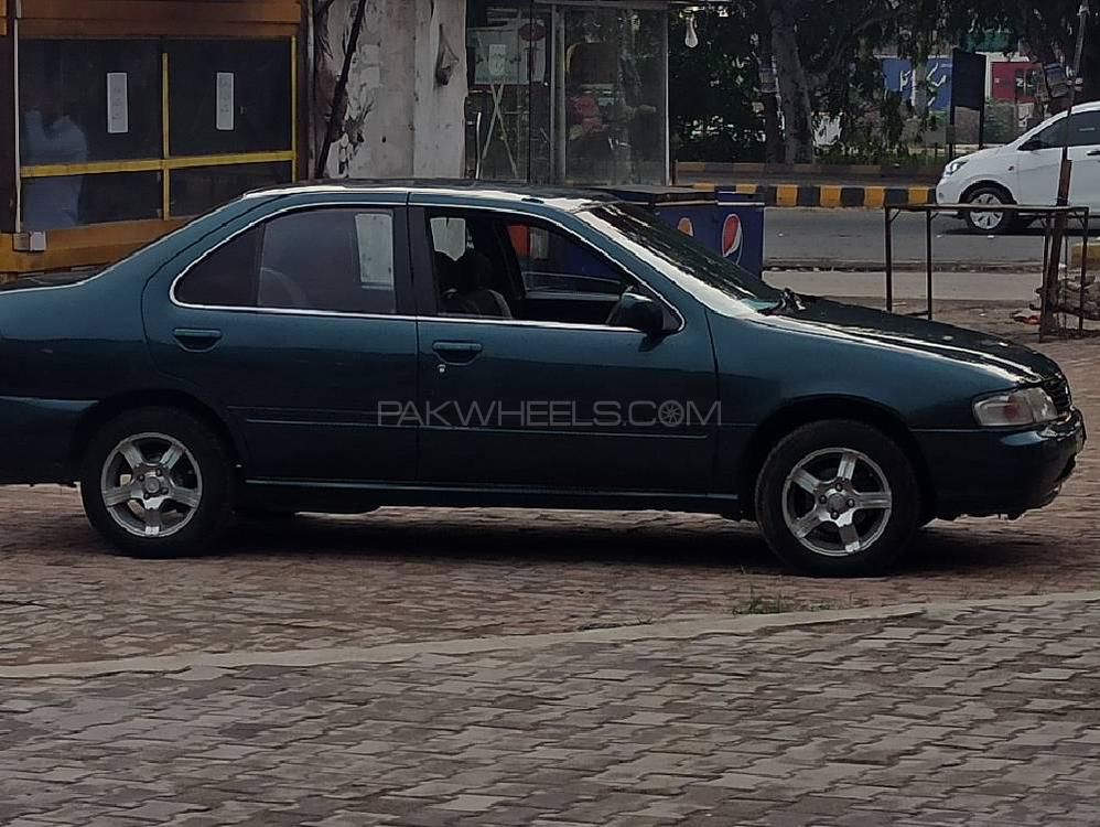 Nissan Sunny EX Saloon 1.3 (CNG) 1999 Image-1