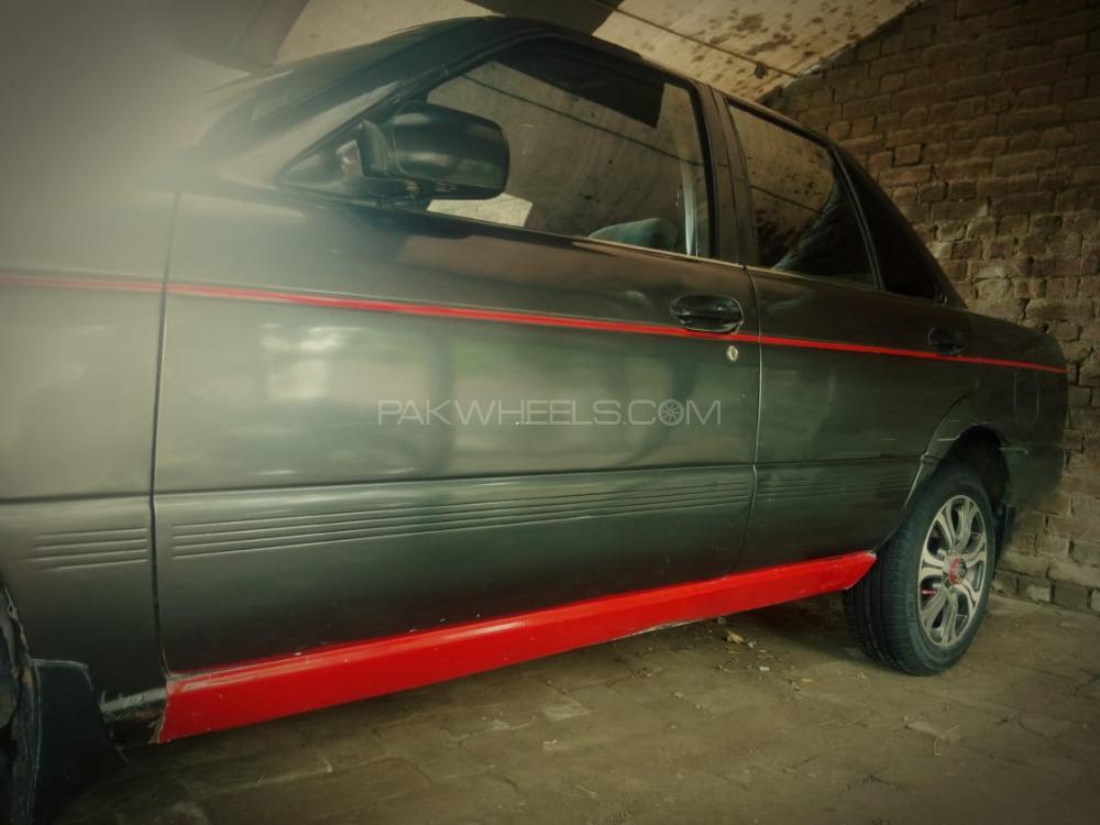 Nissan Sunny - 1992  Image-1