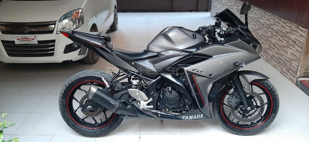 Yamaha YZF-R3 - 2015  Image-1