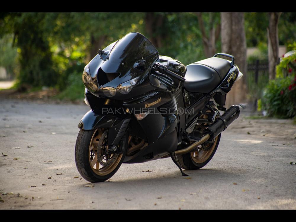 Kawasaki Ninja ZX-14 2010 Image-1