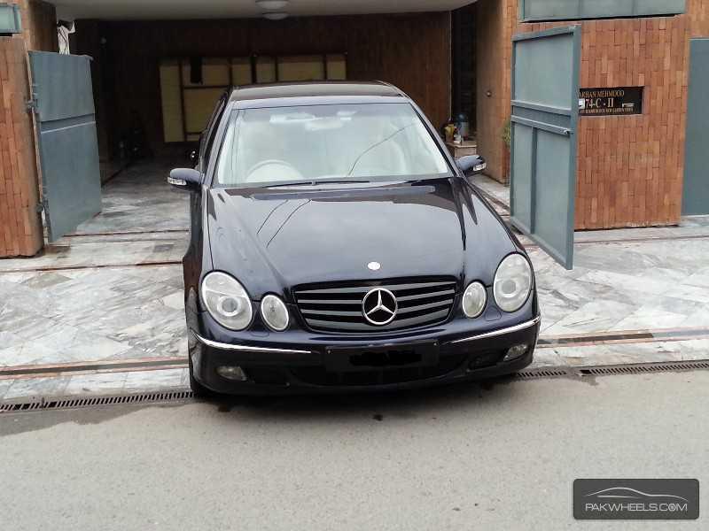Mercedes Benz E Class E200 2003 Image-1