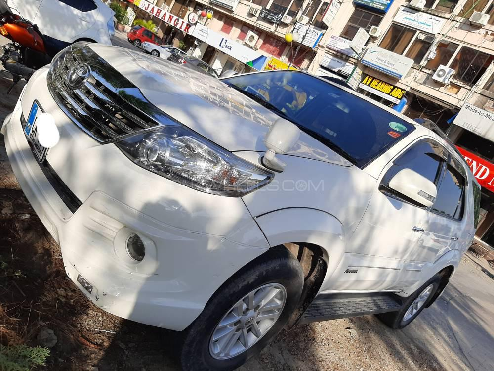Toyota Fortuner TRD Sportivo 2014 Image-1
