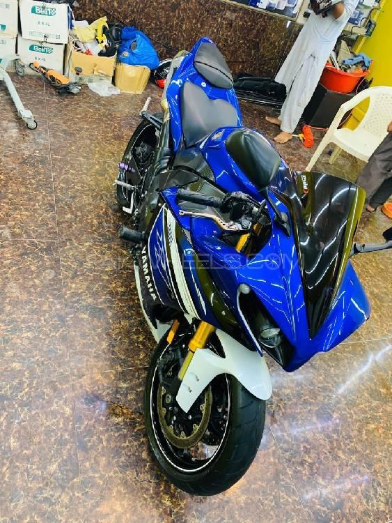 Yamaha YZF-R1 2013 Image-1