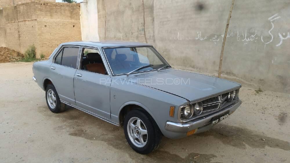 Toyota Corolla 2.0D Saloon 1973 Image-1