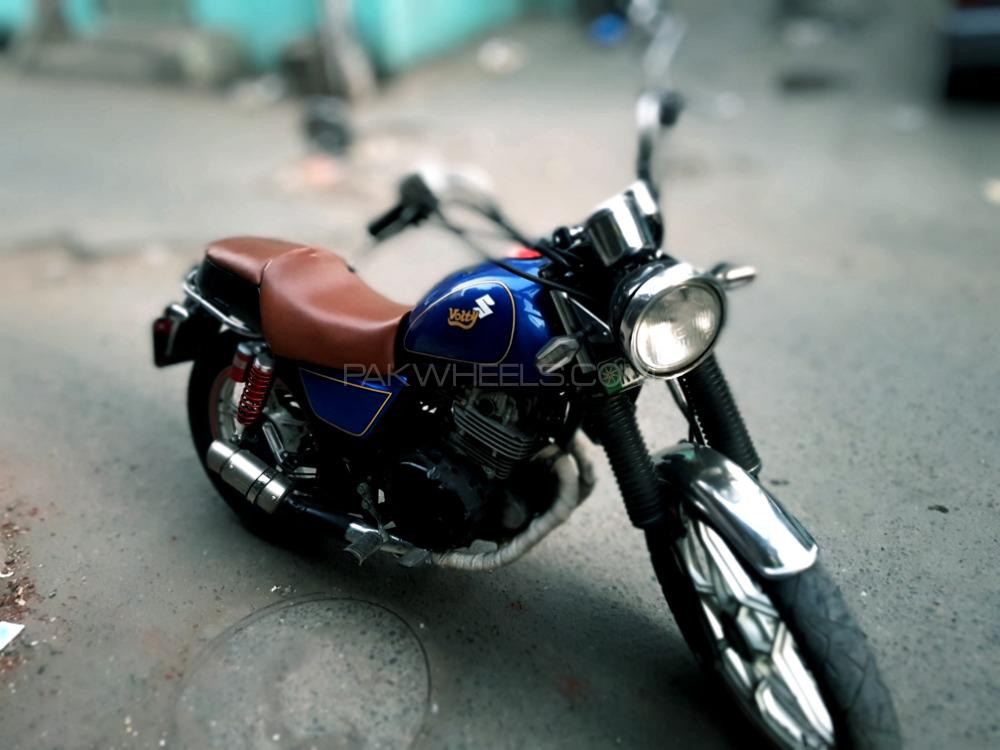 Suzuki GN 250 - 1991  Image-1