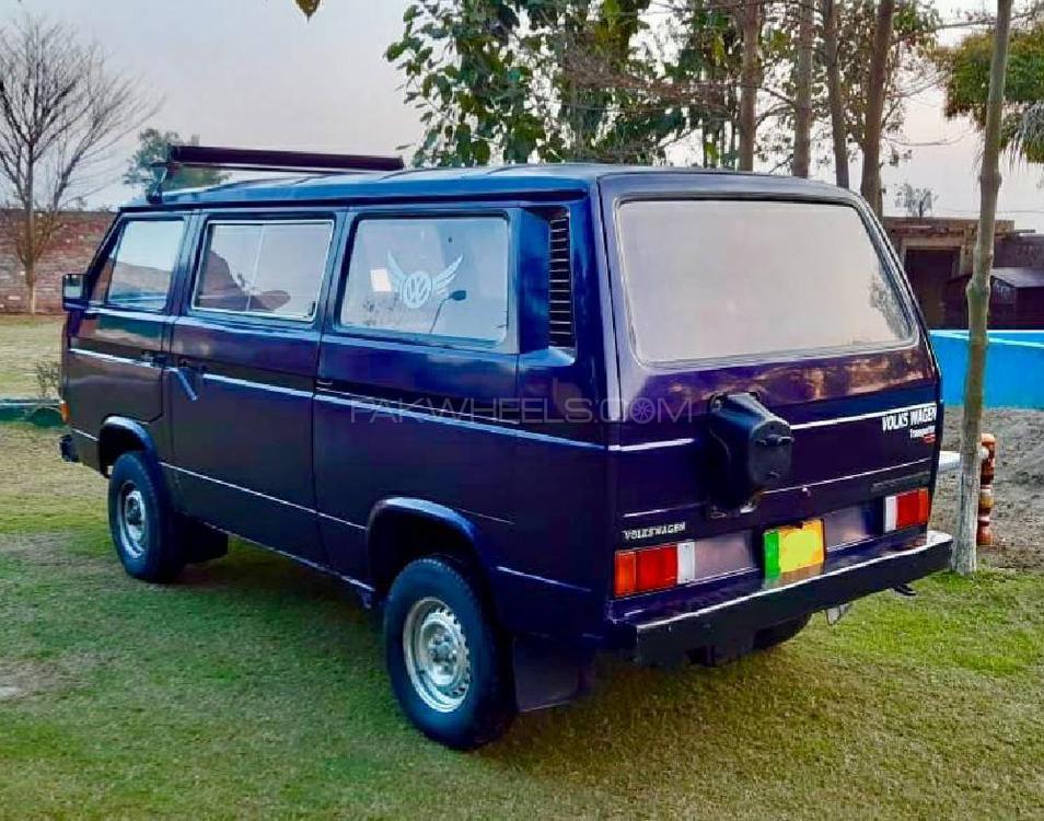 Volkswagen Camper 1982 Image-1