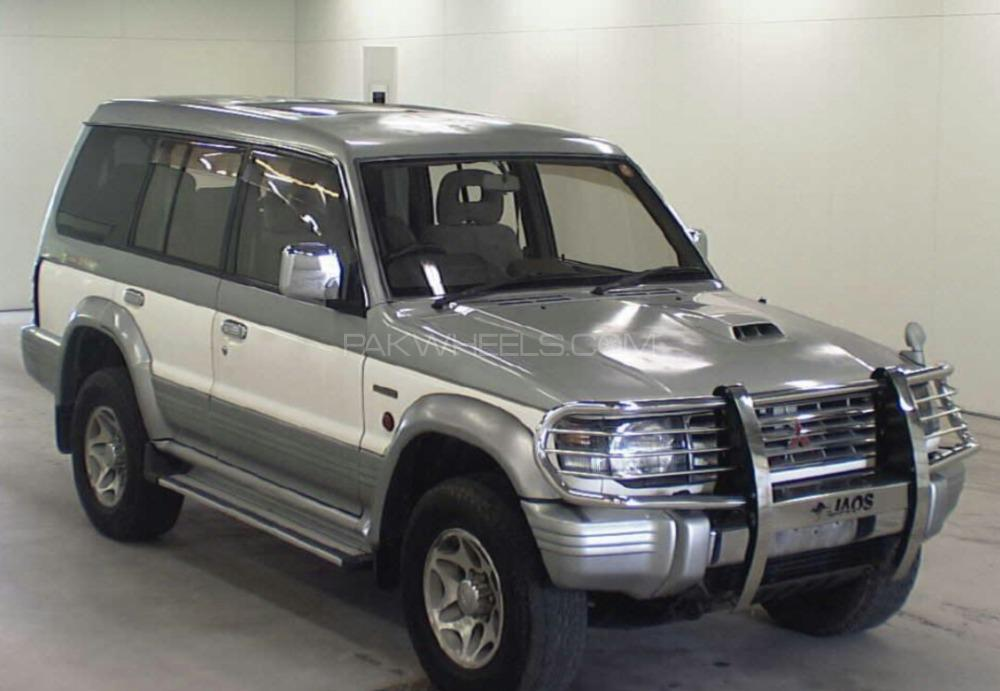 Mitsubishi Pajero Exceed 2.8D 1997 Image-1