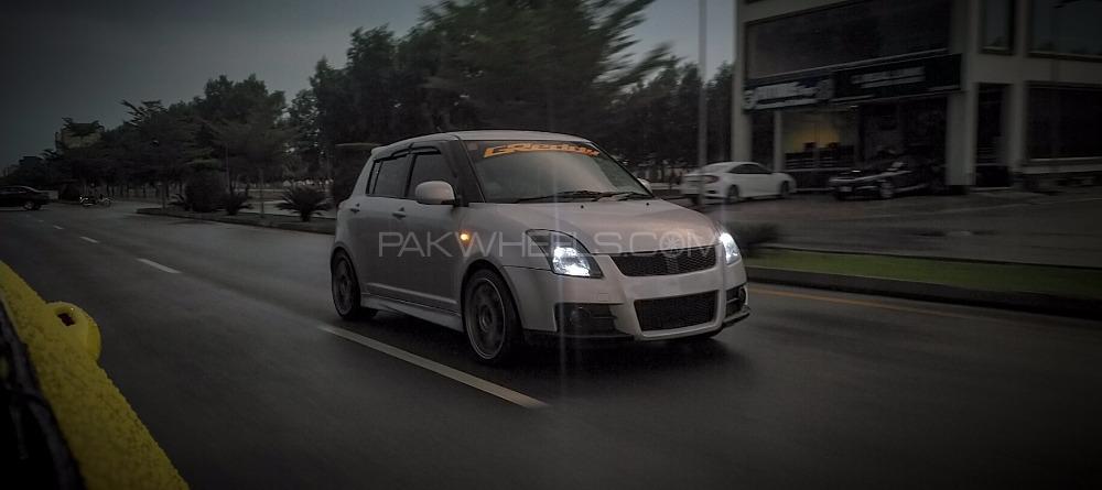 Suzuki Swift - 2010  Image-1