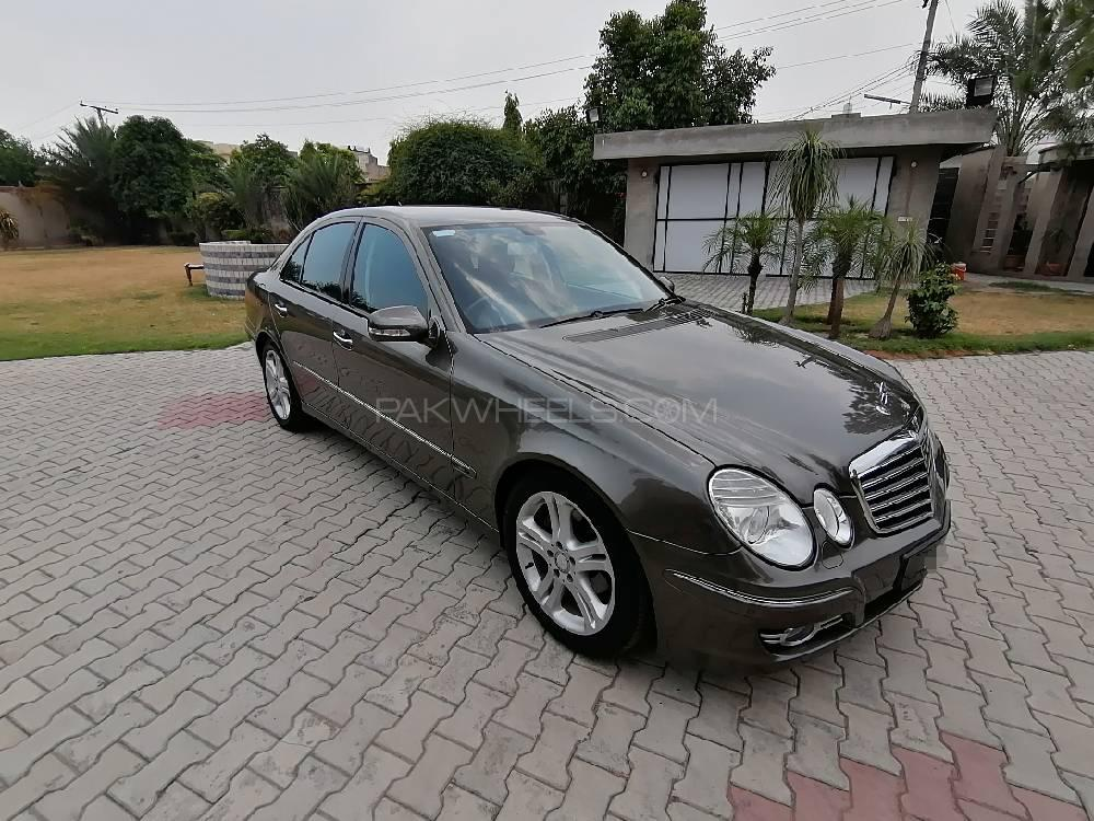 Mercedes Benz E Class E200 2008 Image-1