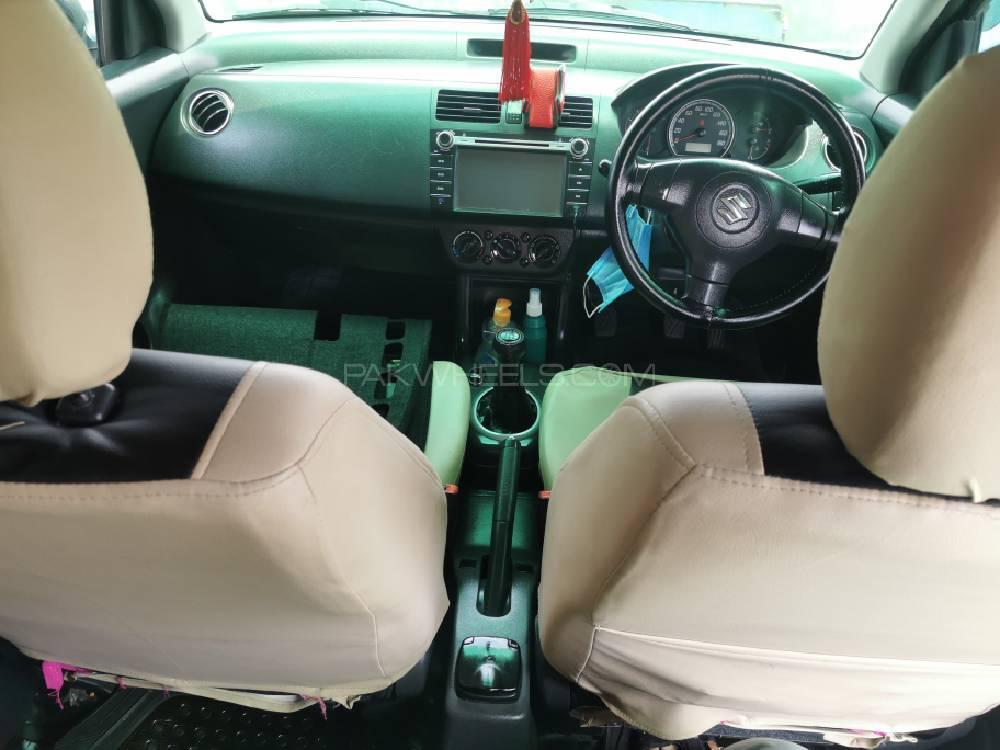 Suzuki Swift DLX 1.3 2016 Image-1