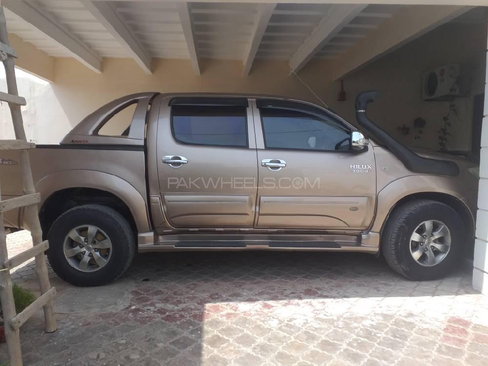 Toyota Hilux D-4D Automatic 2007 Image-1