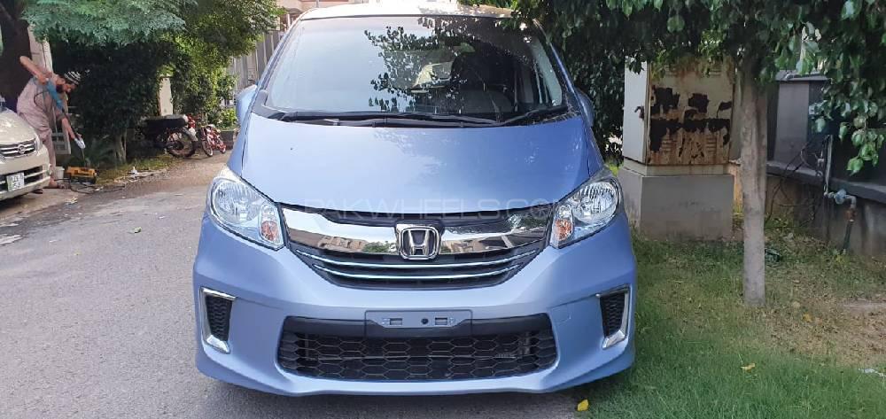 Honda Freed 2015 Image-1