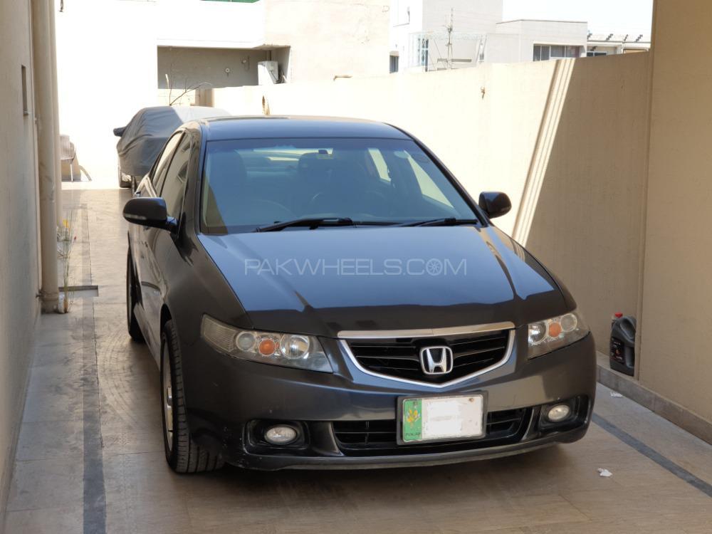Honda Accord CL7 2002 Image-1