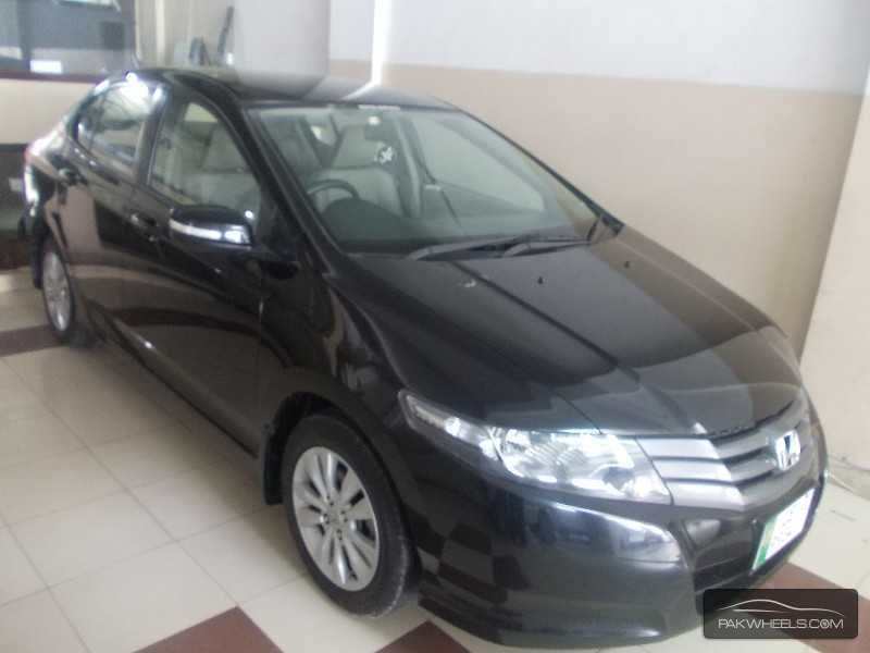 Honda City Aspire 1.5 i-VTEC 2013 Image-2