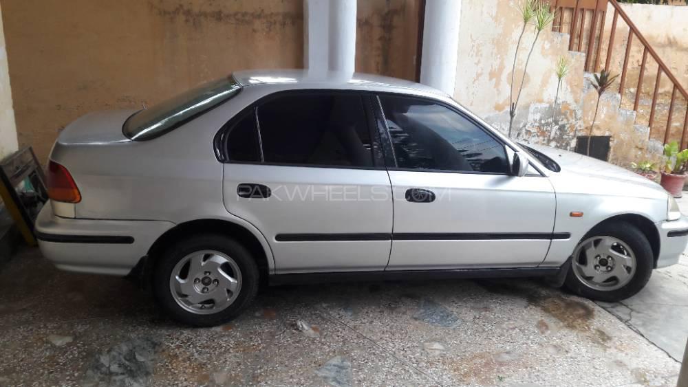 Honda Civic VTi 1.6 1996 Image-1