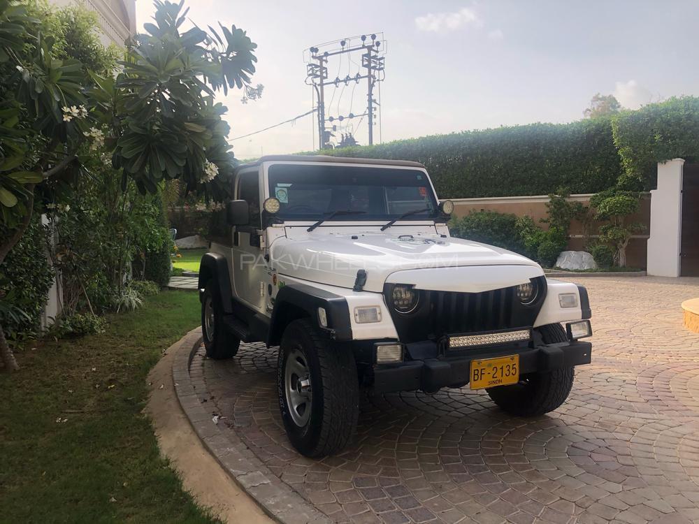 Jeep Wrangler Sahara 1998 Image-1