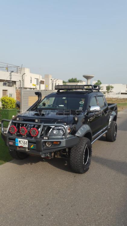 Toyota Hilux - 2008  Image-1