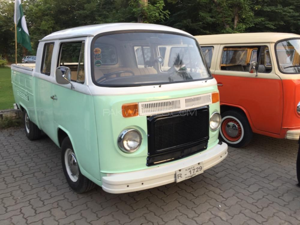 Volkswagen Double Cab Pickup - 1975  Image-1