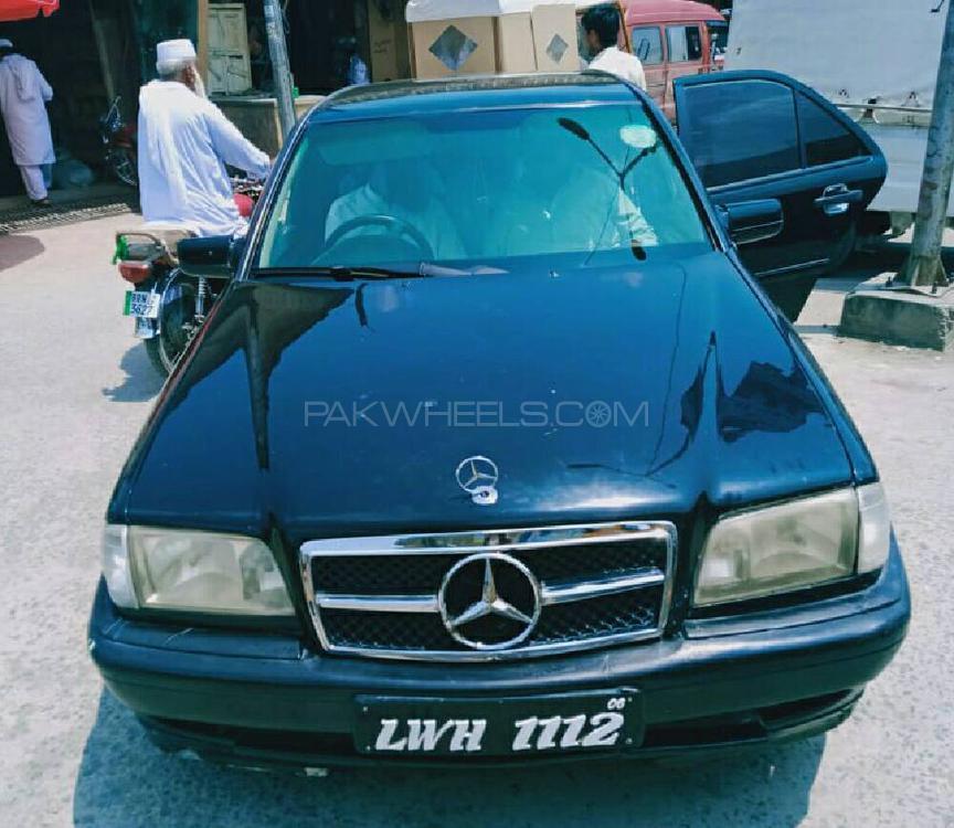 Mercedes Benz C Class C180 2001 Image-1