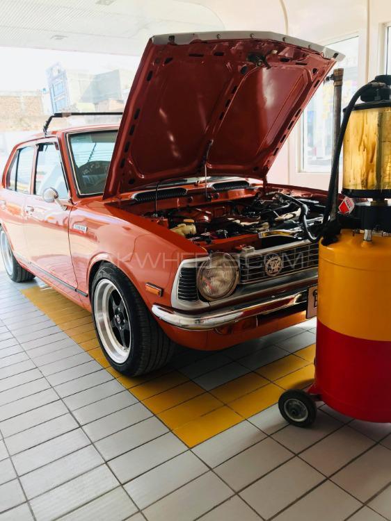 Toyota Corona - 1974  Image-1