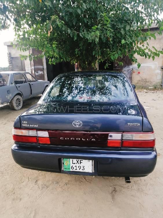 Toyota Corolla XE Limited 1998 Image-1