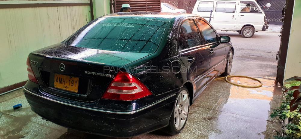 Mercedes Benz C Class - 2004  Image-1