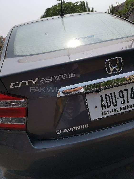 Honda City 1.5 i-VTEC 2017 Image-1