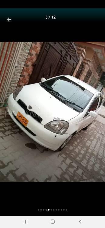 Toyota Vitz F 1.3 2000 Image-1