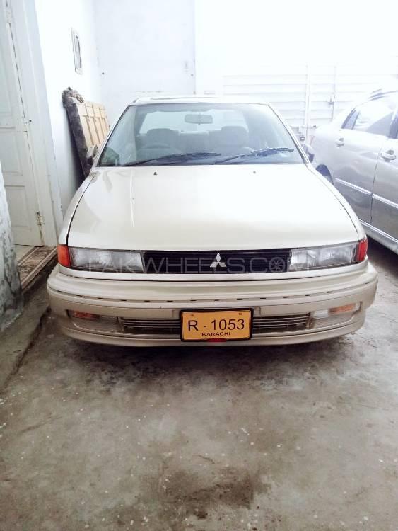 Mitsubishi Lancer 1990 Image-1
