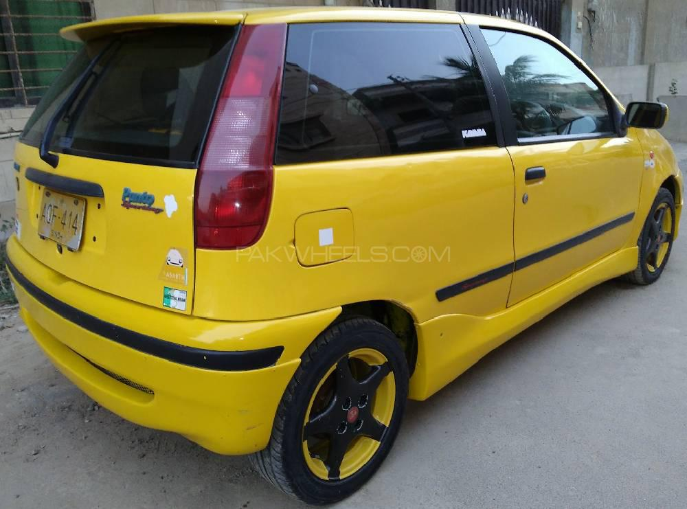 Fiat Punto EVO - 1998 Fiat Punto GT Image-1