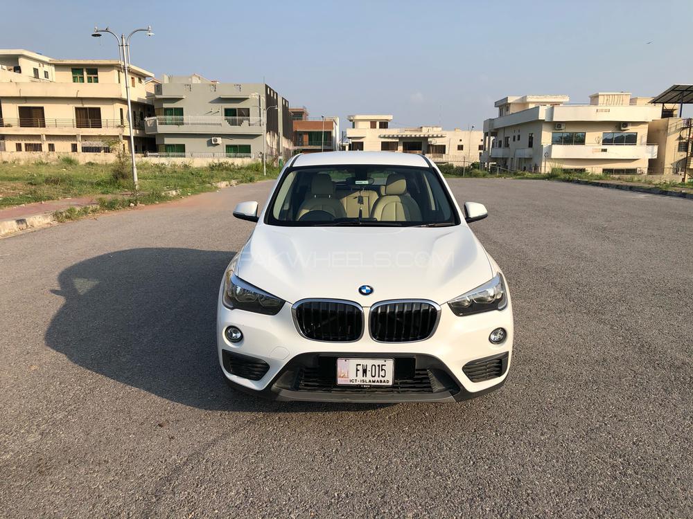BMW / بی ایم ڈبلیو X1  2017 Image-1