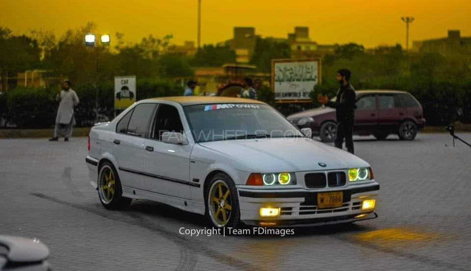 BMW 3 Series - 1996  Image-1