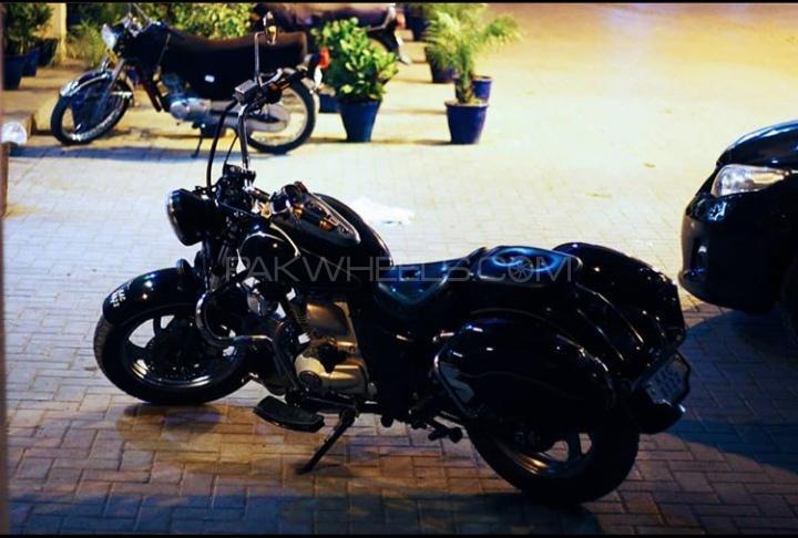 Harley Davidson Super Glide Custom - 2004  Image-1