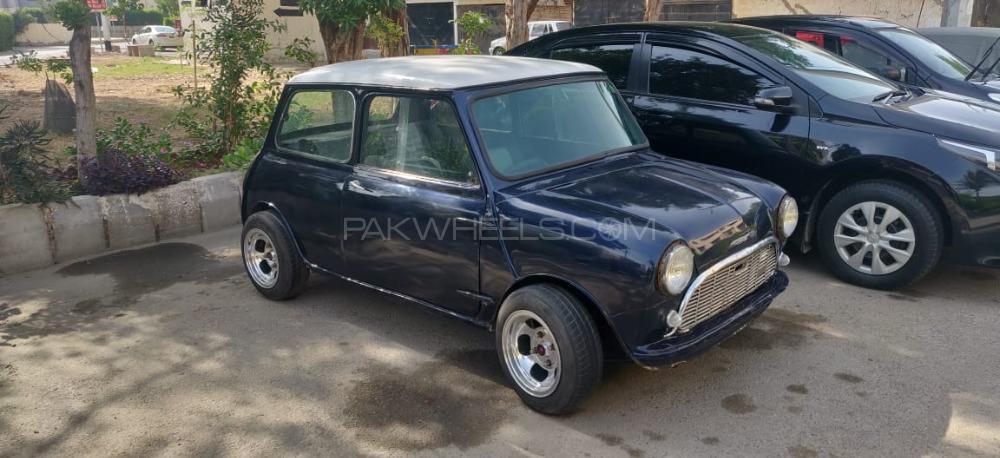 Austin Mini - 1962  Image-1
