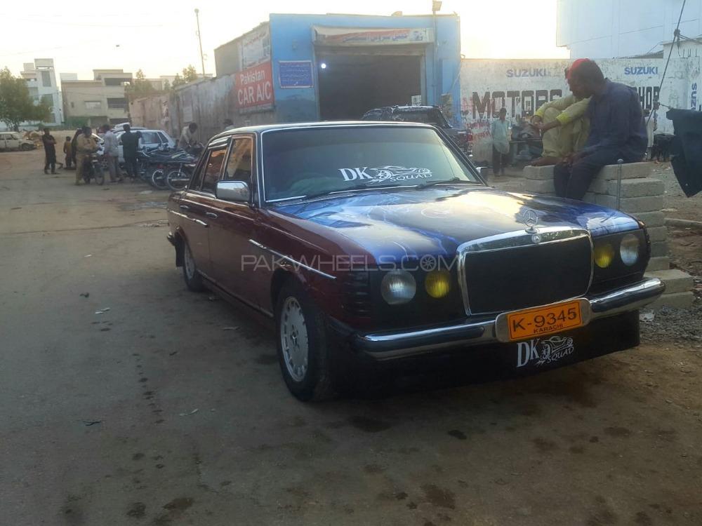 Mercedes Benz 250 D - 1984  Image-1