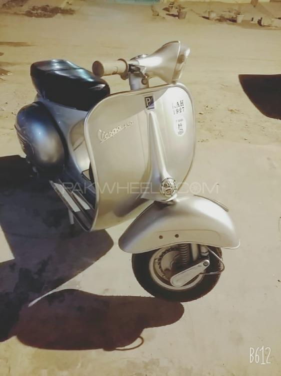 Vespa 150cc - 1957  Image-1