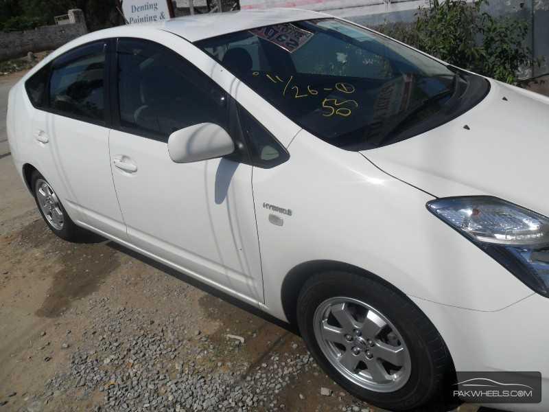 Toyota Prius 2010 Image-3