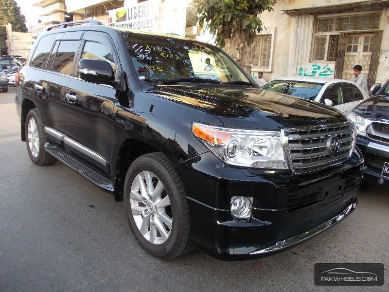 toyota land cruiser cars for sale in karachi verified car ads pakwheels. Black Bedroom Furniture Sets. Home Design Ideas