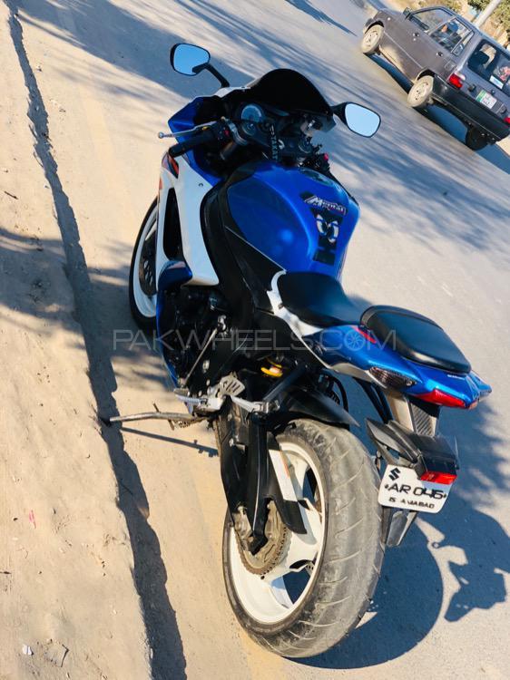 Suzuki GSX-R600 - 2010  Image-1