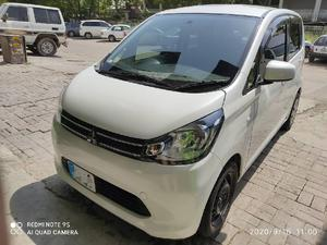 White Mitsubishi Ek Wagon Cars For Sale In Pakistan Verified Car Ads Pakwheels