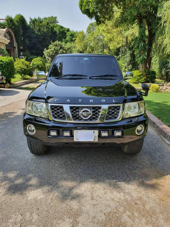 Nissan Patrol 4.8 GRX Automatic 2006 Image-1
