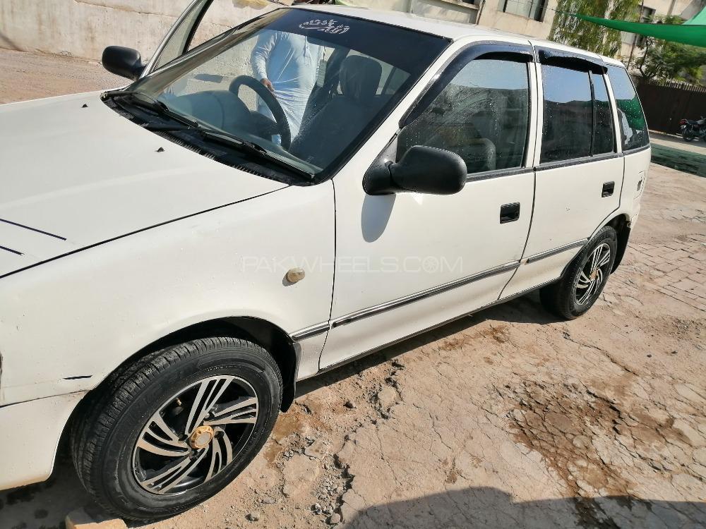 Suzuki Cultus VXR 2004 Image-1