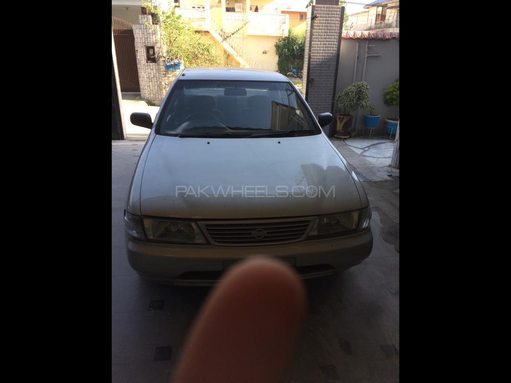 Nissan Sunny EX Saloon 1.3 1998 Image-1