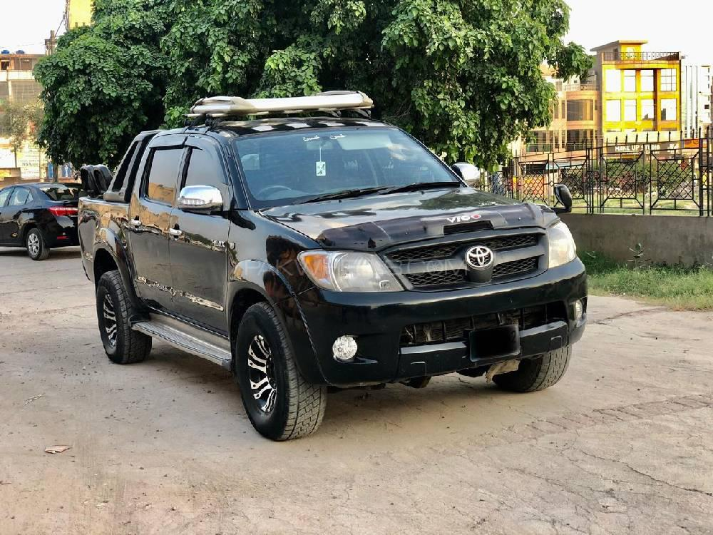 Toyota Hilux 4x4 Double Cab Standard 2008 Image-1