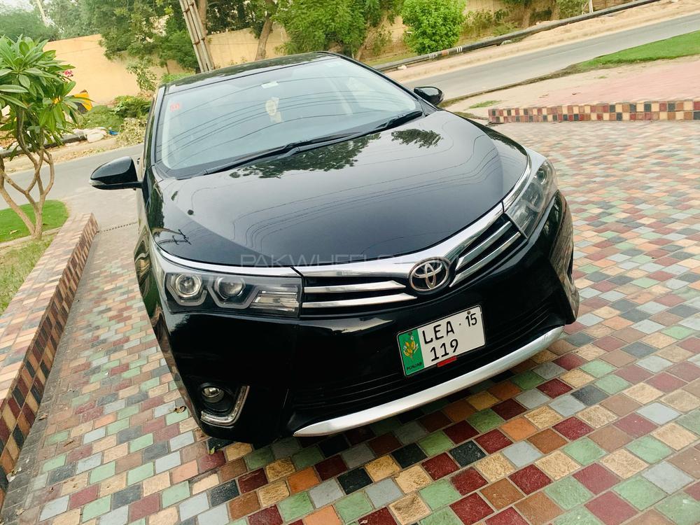 Toyota Corolla Altis Automatic 1.6 2014 Image-1